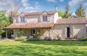 D2694, Charming stone country house