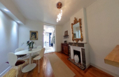 D3824, Charming stone town house